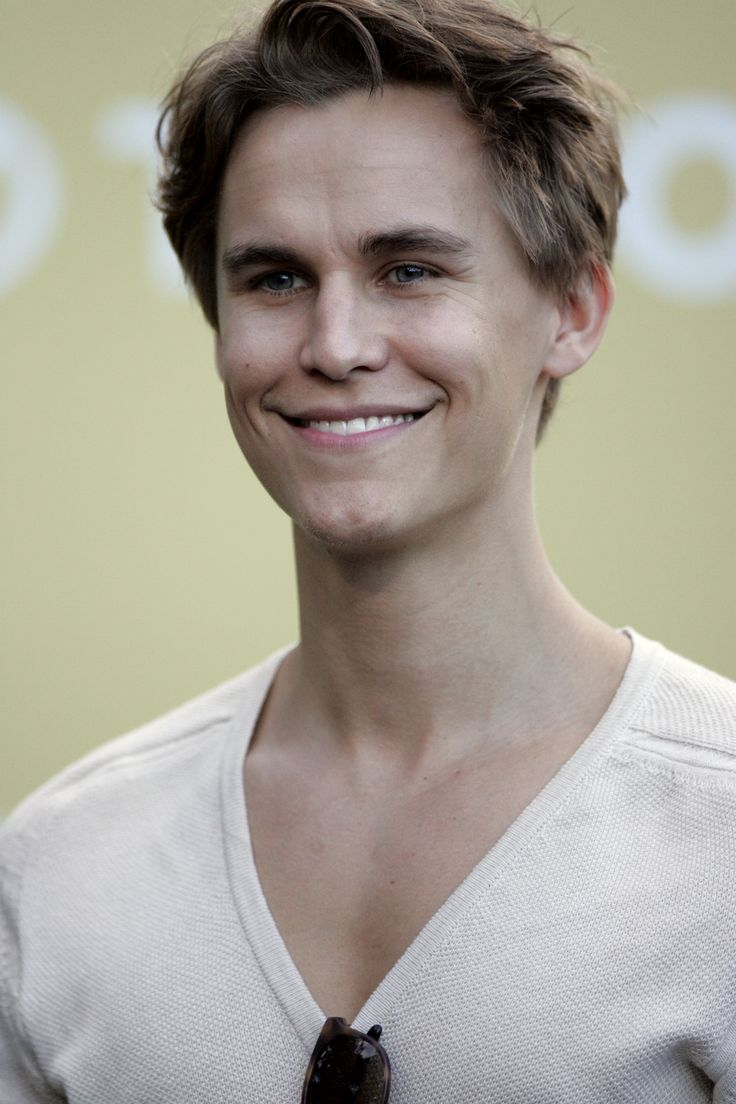 Rhys Wakefield -endless love