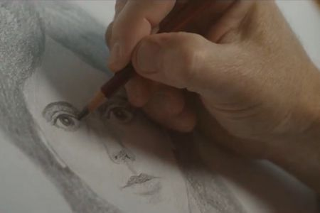 """Read more: https://www.luerzersarchive.com/en/magazine/commercial-detail/dove-52532.html Dove Dove: """"Real Beauty Sketches"""" [05:19]# Dove and Ogilvy Brazil hired forensic artist Gil Zamora to show the difference between how women see themselves and how they are perceived by others. This forms part of its ongoing """"Campaign for Real Beauty."""" Tags: Ogilvy & Mather, São Paulo,Dove,Roberto Fernandez,Paco Conde,Diego Machado,Hugo Veiga,Paranoid US,John X Carey"""