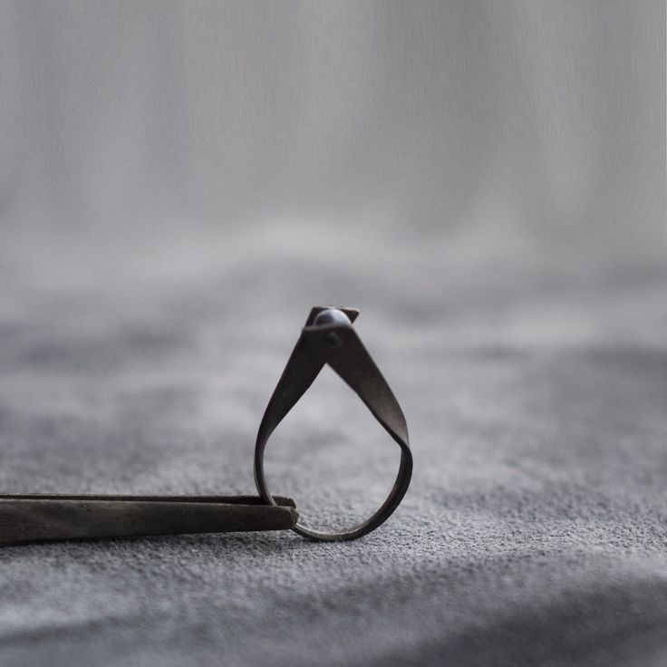 The Black Pearl Ring by klaadesign on Etsy https://www.etsy.com/listing/495083250/the-black-pearl-ring