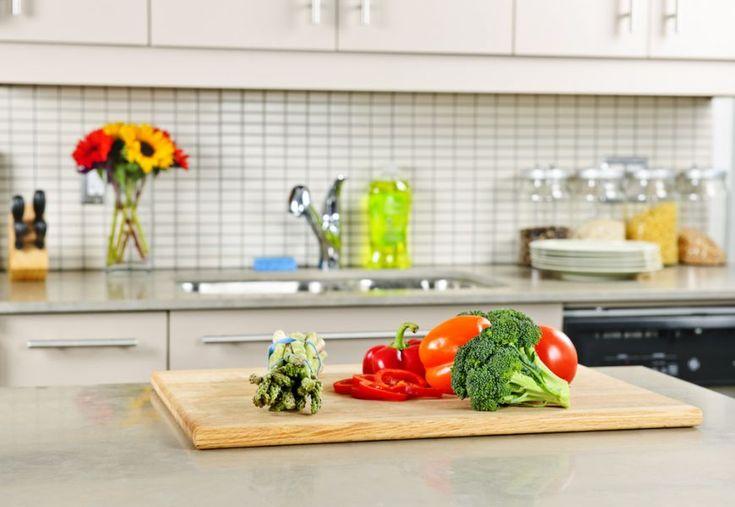 Gata cu dezordinea in bucatarie. 6 sfaturi de organizare de la Cat Cora - www.foodstory.ro