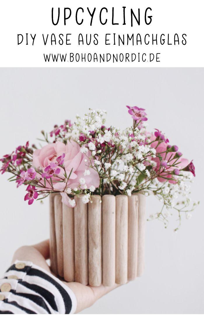 Stellen Sie selbst eine DIY-Holzvase her. Upcycling leicht gemacht. Mach selbst eine Vase. D …   – Ideen von Boho and Nordic