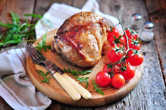 Свиная лопатка, запеченная в духовкеЗапеченная свинина - простой в приготовлении и вкусный обед или ужин. Если кусок мяса достаточно большой и семья не съест его за ужином, то на завтрак у вас будет …