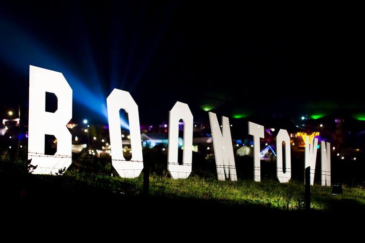 Boomtown Brings All the Fun of the Dysfunctional Fair