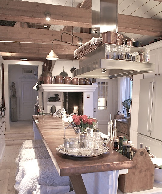 .Dreams Kitchens, Casa Decoradas, Delight Dining, Rustic Kitchens, Copper Counter, Dining Spaces, Copper Cladding, Copper Bar Counter, Industrial Chic Kitchens