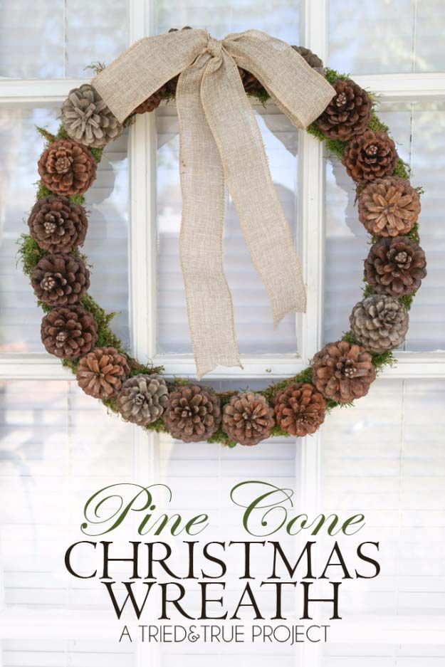 DIY Holiday Wreaths Make Awesome Homemade Christmas Decorations for Your Front Door |  Cool Crafts and DIY Projects by DIY JOY   |  Pine Cone Christmas Wreath |  http://diyjoy.com/diy-christmas-decorations-wreaths