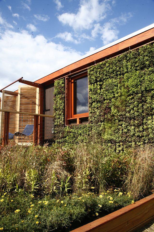 Solar Homes - Student Designs from the 2007 Solar Decathlon: LEAFHouse Solar Home