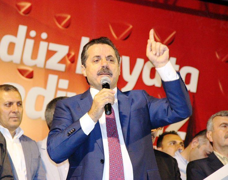 """Gıda Tarım ve Hayvancılık Bakanı Faruk Çelik, Konya Mevlana Meydanı'nda düzenlenen """"Demokrasi Nöbeti""""ne katıldı. [04.08.2016]"""