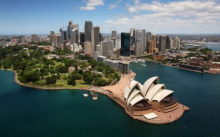 Thinking about a trip to Australia? Mark Chipperfield offers some advice on keeping the costs down