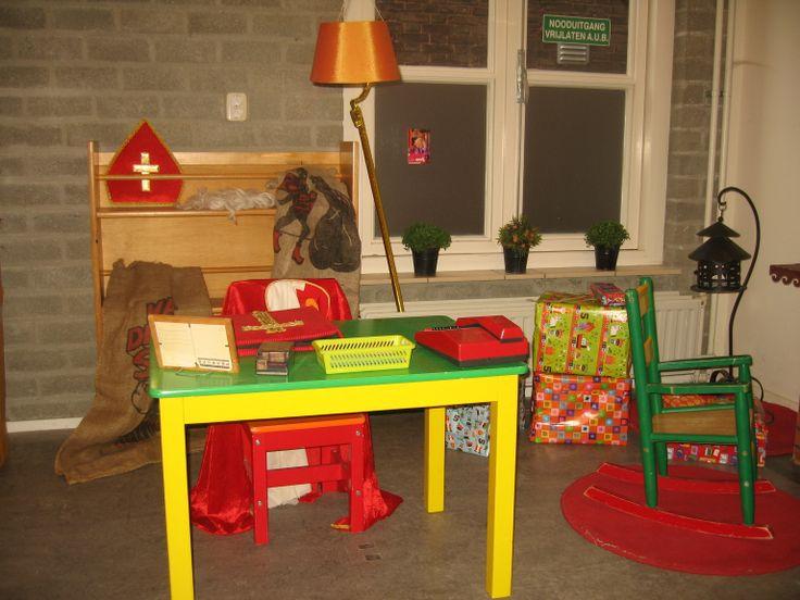 Themahoek Sinterklaas op het pleintje 05 Nutsschool Maastricht