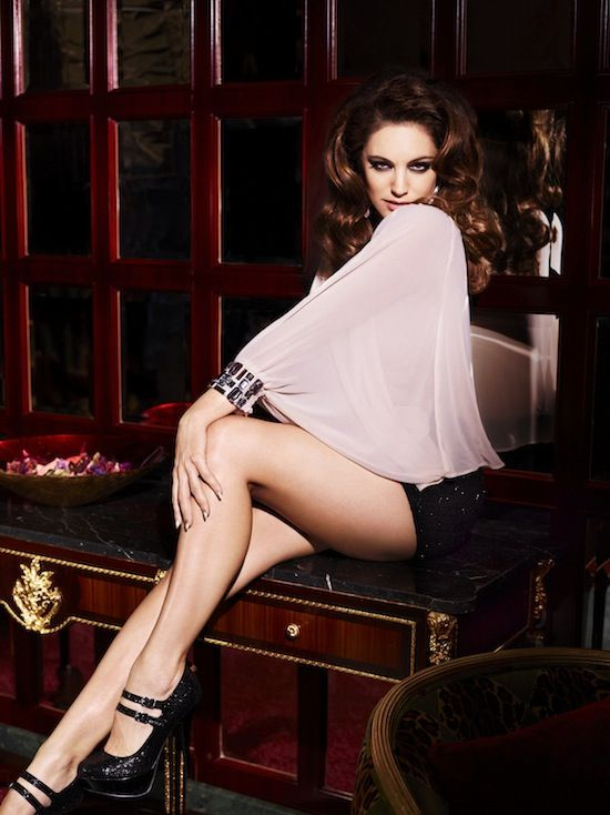 Fash Mob » Kelly Brook's Christmas collection for New Look