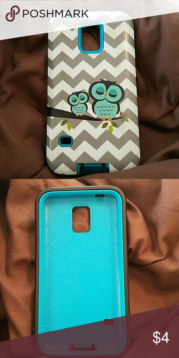 S5 Samsung Galaxy phone case Has some wear on it but still in pretty good condition blue grey white black Accessories Phone Cases
