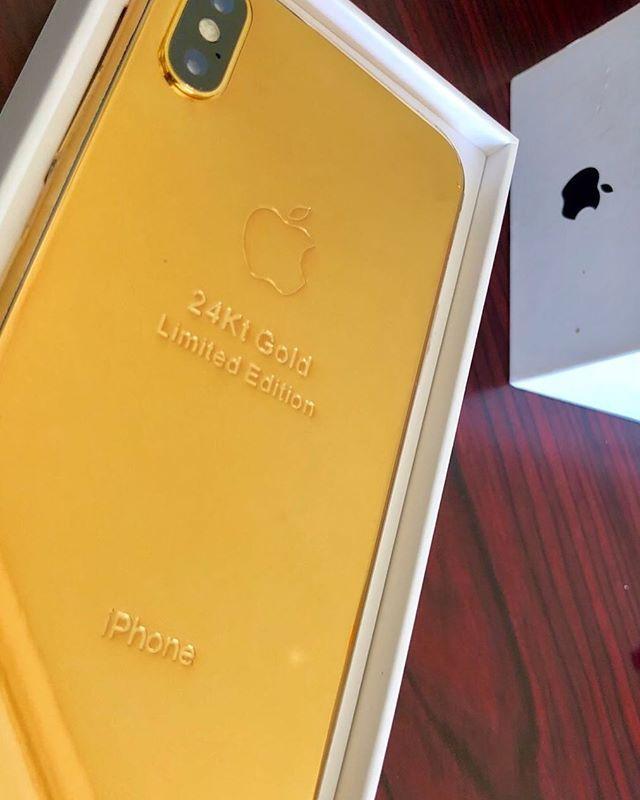 3b2e79729f6 Pin de Alessander Paredes (Alessander_Paredes) en Apple Inc   Tech, Unique  y Iphone
