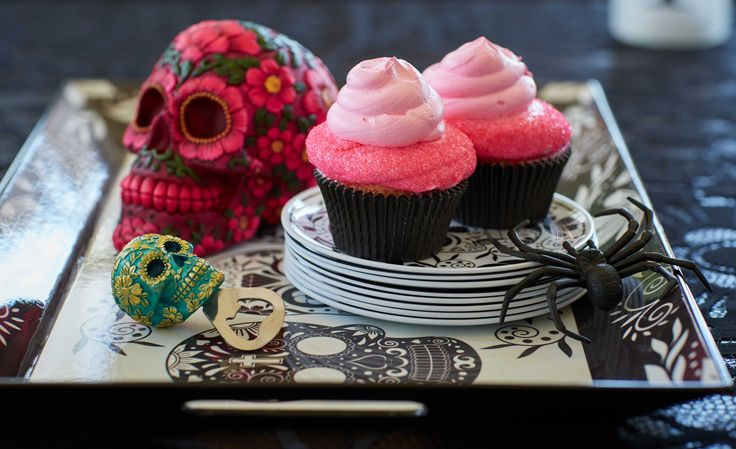 Make your haunt deliciously daring with some sugar skull accents!