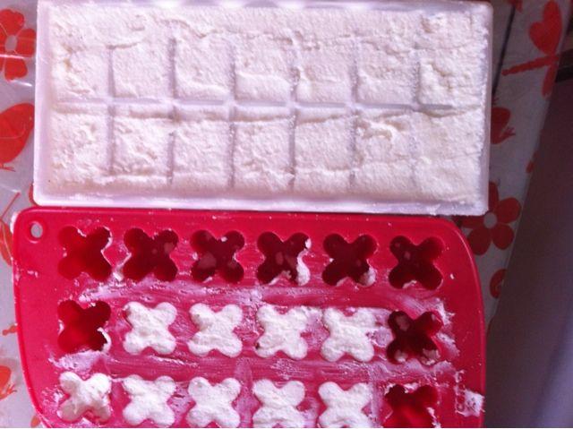 Autoproduzione: cubetti monodose di detersivo per lavatrice DIY - Paperblog