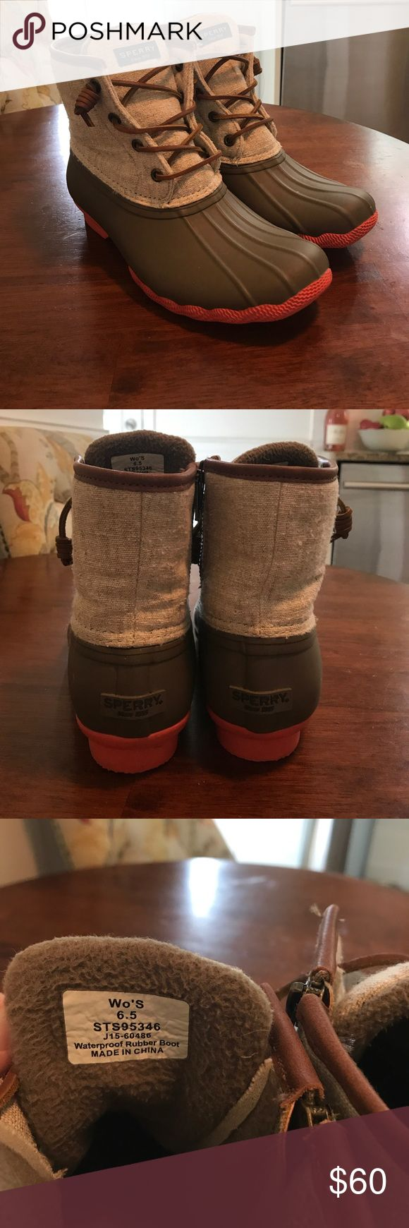Sperry Woman's Saltwater Duck Boot Duck inspired wet weather boots. Color-Linen Size 6.5 Sperry Top-Sider Shoes Winter & Rain Boots