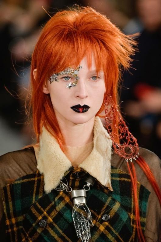 Maison Margiela paid homage to David Bowie // Paris Couture Spring 2016: http://thecut.io/1KIwuUw
