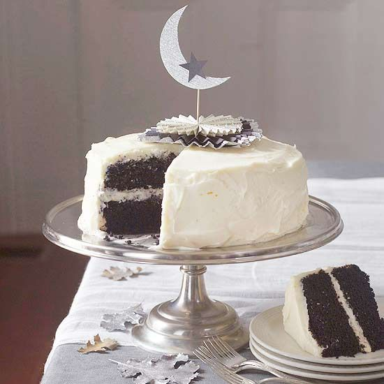 Black Velvet Cake . . . proof that Halloween desserts can be elegant, too. See the rest of this sophisticated Halloween party: www.bhg.com/halloween/parties/elegant-evening-halloween-party/?socsrc=bhgpin100912blackvelvetcake#page=14: Halloween Desserts, Halloween Parties, Cakes Toppers, Cakes Recipe, Black White Halloween, Black Moon, Black Velvet Cakes, Halloween Cakes, Cake Toppers