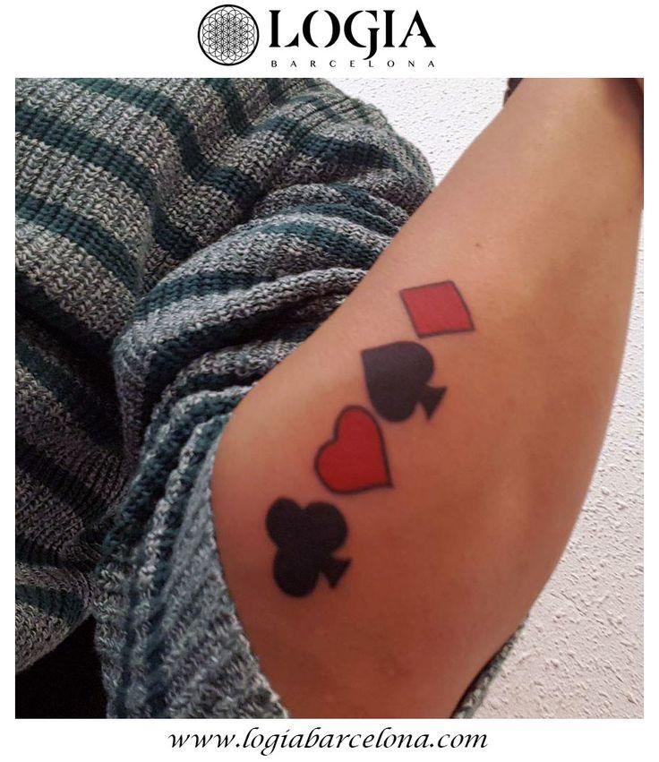 Un Walk-in es un tatuaje en el que el cliente literalmente entra en la tienda, el mismo día, sin cita previa.  A Walk-in is a tattoo where the client literally walks into the shop, same-day, with no appointment. #logiabarcelona #logiatattoo #tatuaje #tattoo #tatuador #tattooink #tattoospain #tattooworld #tattoobarcelona #ink #arttattoo #artisttattoo #inked #instattoo #inktattoo #poker