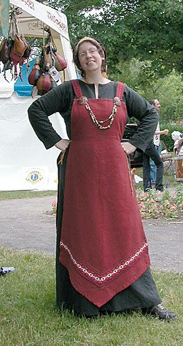 Viking dress from Deviant Art. Unique in that most Viking dresses are cut straight across the bottom hem.