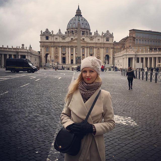 Vatican #rome #rzym #roma #italy #italia #wlochy #włochy #viaggio #viaje #voyage #podroze #trip #citytour #loveit #vatican #vaticano #vaticancity #vatikan #vaticanmuseum #watykan #bazylikaświętegopiotra #basilicasanpietro #basilicasanpedro #basilicsaintpierre #placswietegopiotra #piazzadisanpedro #plazadesanpedro #piazzasanpietro