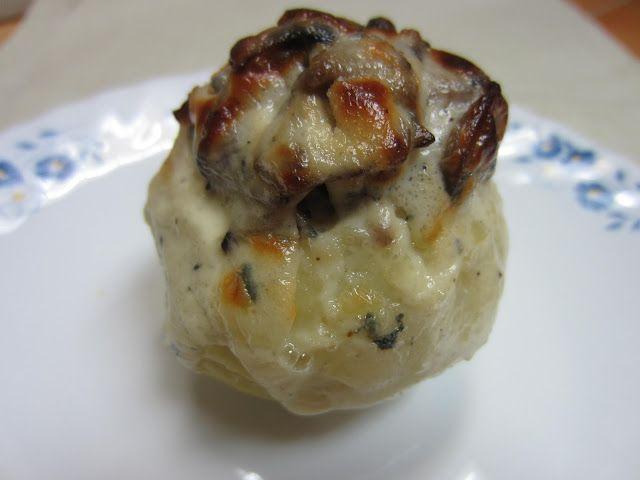 Deliciosa Gula: Patatas rellenas de setas con crema de queso