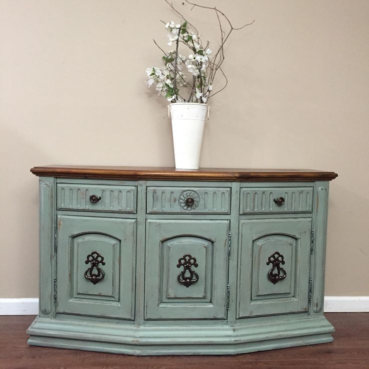 17 best images about vintage sideboard buffets on for Sideboard queens