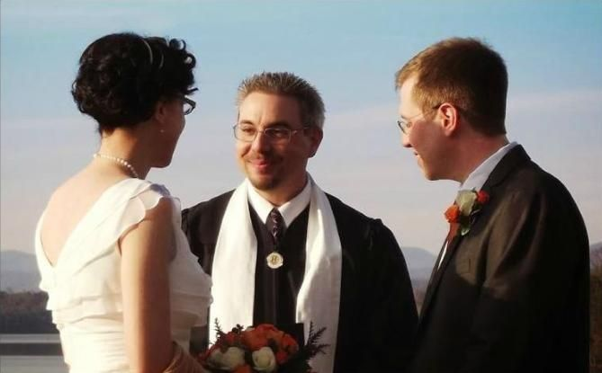 Working With Your Wedding Officiant  Although choosing invitations, caterers, entertainment, wedding and reception locations are important, choosing the right wedding officiant is crucial. After all, only the officiant can legalize your marriage.You want to make sure you have chosen the correct officiant.