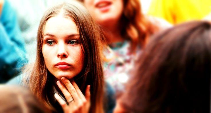 4 июня: юбилей Мишель Филлипс  - http://rockcult.ru/4-iyunya-yubilej-mishel-fillips/