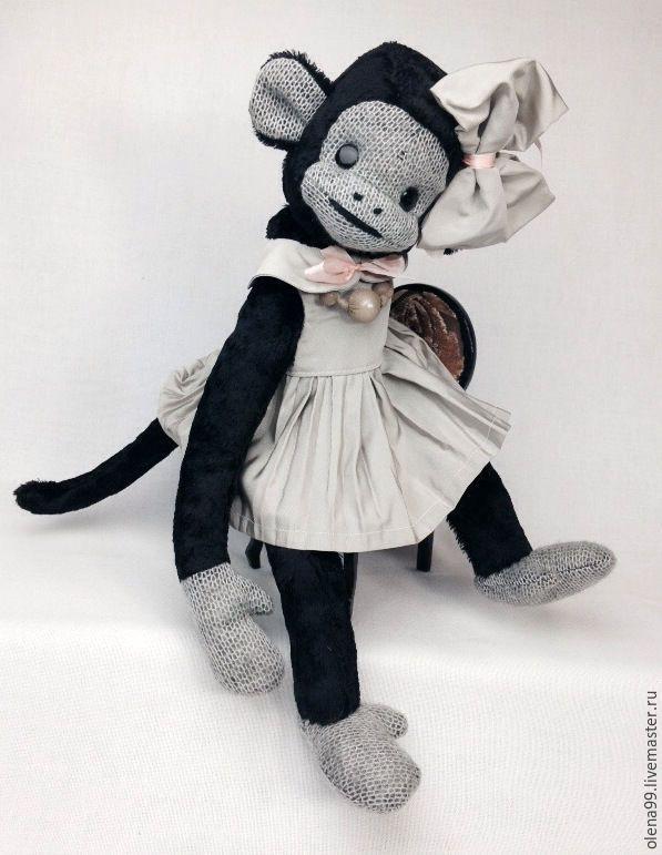 веселая домашняя обезьянка Джойси - текстильные игрушки  Елены Лесковой (olena99) - Ярмарка Мастеров http://www.livemaster.ru/item/13214621-kukly-igrushki-veselaya-domashnyaya-obezyanka