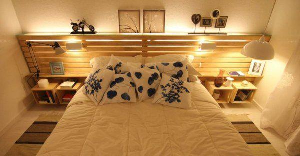 ivoire et jolie deco poru la chambre à coucher décoré avec un tete de lit en palette