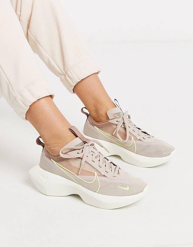 Beige sneakers, Sneakers fashion