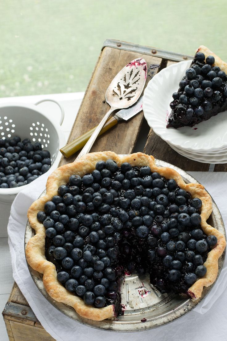 Bang Bang Blueberry Pie | siftandwhisk.com. This single-crust pie features both fresh and cooked berries, amped up with red wine, to imitate Chicago's Bang Bang Pie Shop's signature dessert.