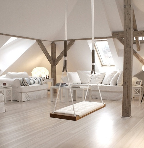 Omg I want a swing in my living room!!!
