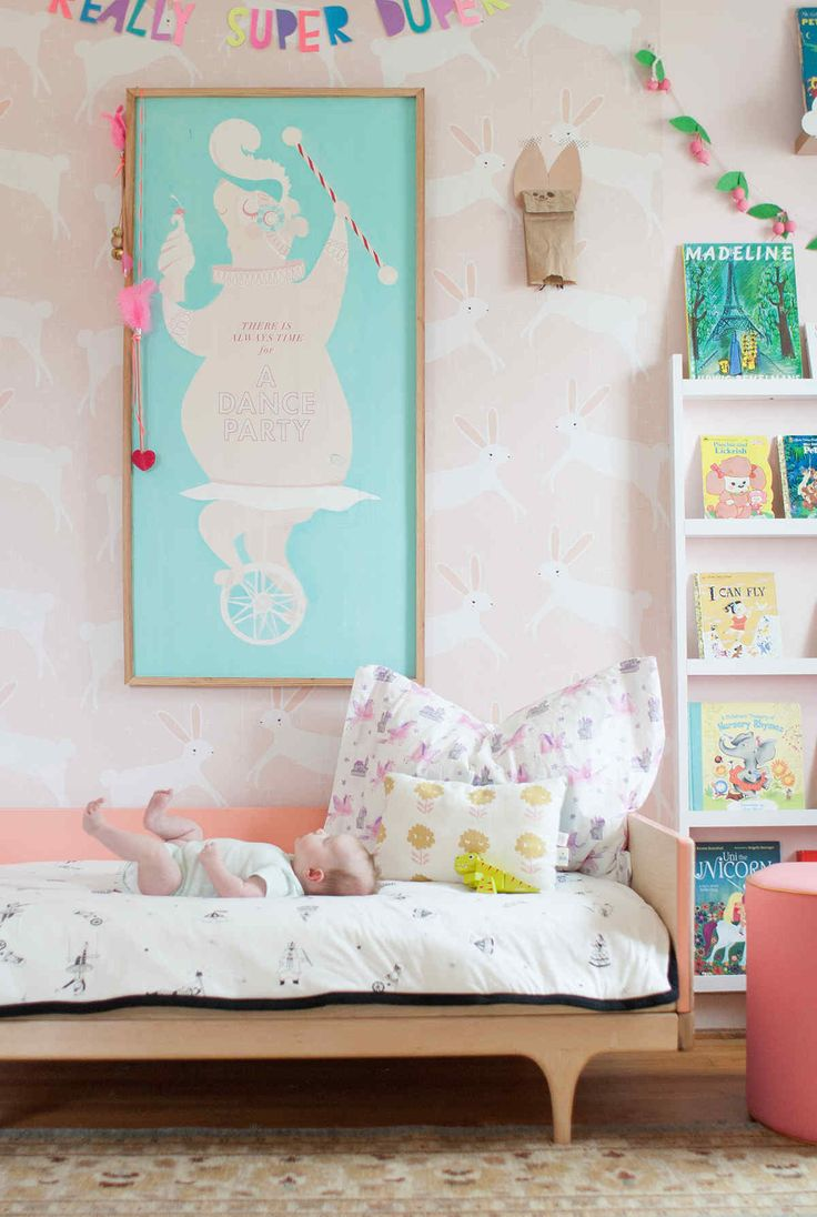 Pretty Bedroom Wallpaper 17 Best Images About Pretty Kids Rooms On Pinterest Toddler Bed