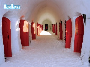 Snow Castel Finlandia http://abitarelanatura.wordpress.com/2013/06/20/snow-castel-finland/