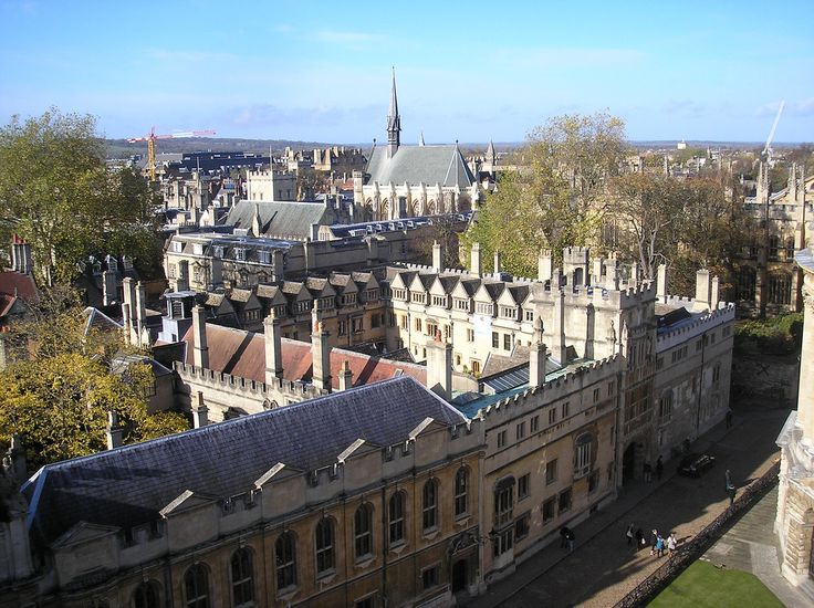 https://flic.kr/p/7fsQty | Brasenose College, Oxford | The College was founded in 1509 by a lawyer, Sir Richard Sutton, of Prestbury, Cheshire, and the Bishop of Lincoln, William Smyth. Smyth provided the money for the college's foundation, and Sutton acquired the property. It was built on the site of Brasenose Hall, one of the medieval Oxford institutions which originally existed just as a lodging house, but which had grown to become a seat of learning. The college still maintains…