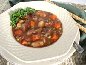 Hearty Vegetable Beef Soup Recipe from RecipeTips.com!