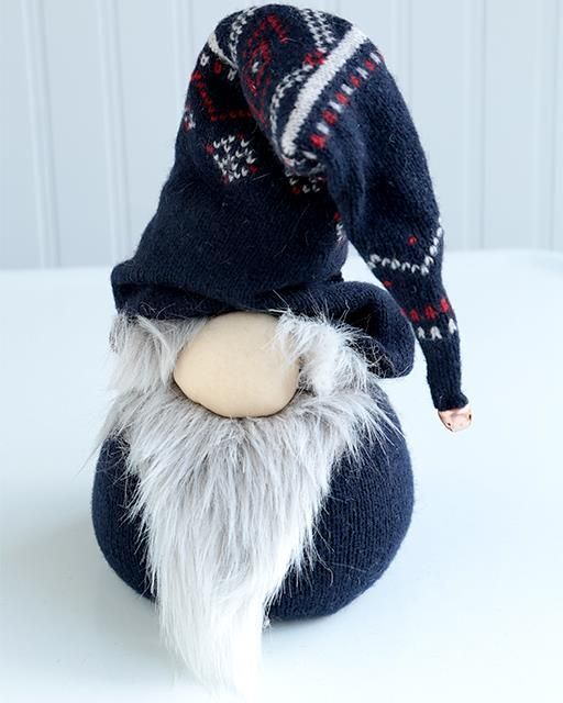 Norwegian Nisse Christmas Gnome Doll. This looks totally doable!