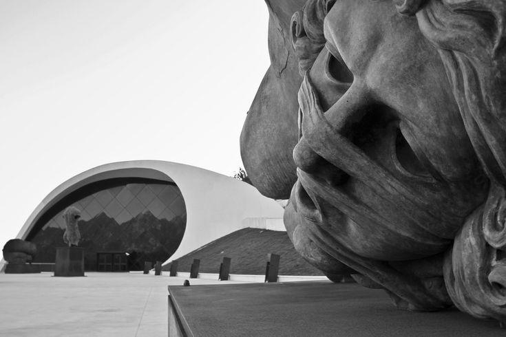 "OSCAR NIEMEYER  ""Architecture is about surprise"""