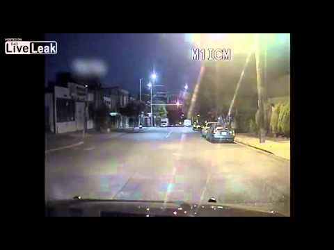 Man ramming Seattle Police and later getting shot - YouTube