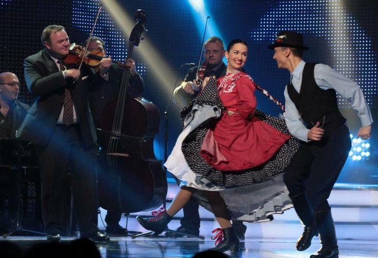 Maródi Eszter Nyilasi Zoltán Fölszállott a páva By Farkas Jocó Hungarian Dance Szinvavölgyi Néptáncműhely