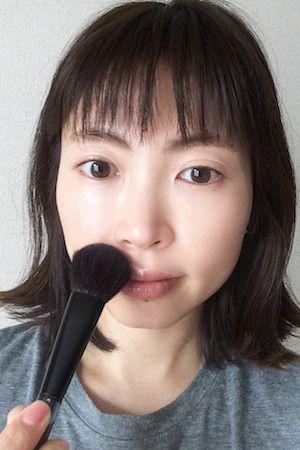 目指せ長谷川潤ちゃん!「鼻下チーク」で鼻と口の距離をグッと短く♡|Daily Beauty Navi|Beauty & Co. (ビューティー・アンド・コー)
