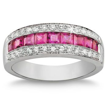 i like the style maybe in sapphire or garnet platinum for a wedding band