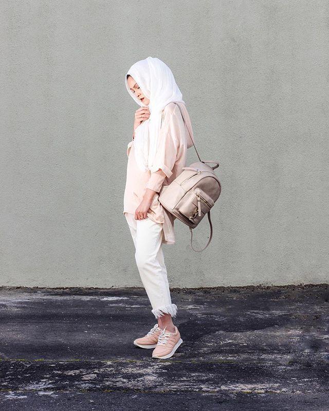 Pink Friday🎀 _______________________________________________________📷 @rizqua_barnes_portfolio 💄 @nkmakeupofficial