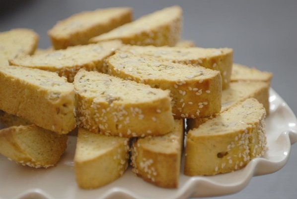 Greek biscotta with anise and cinnamon (Paximadia)