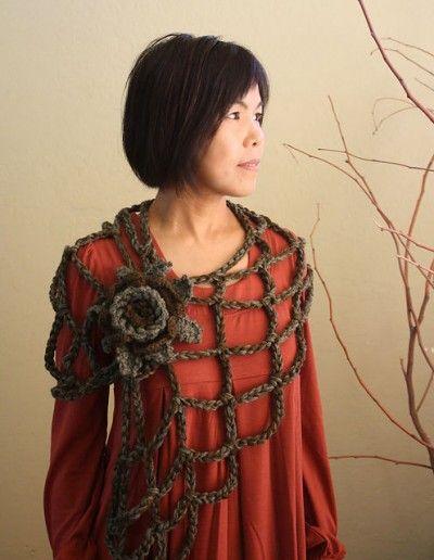crochet flower shawl : 100 Unique Crochet Shawls