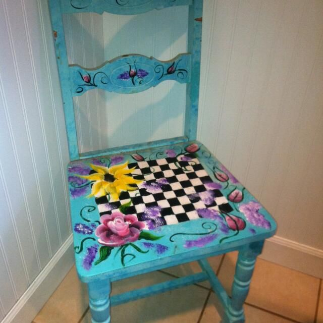 Buy Handpainted Chairs in Stony Point, NY,United States.  Get great deals on Design & Craft Chat to Buy