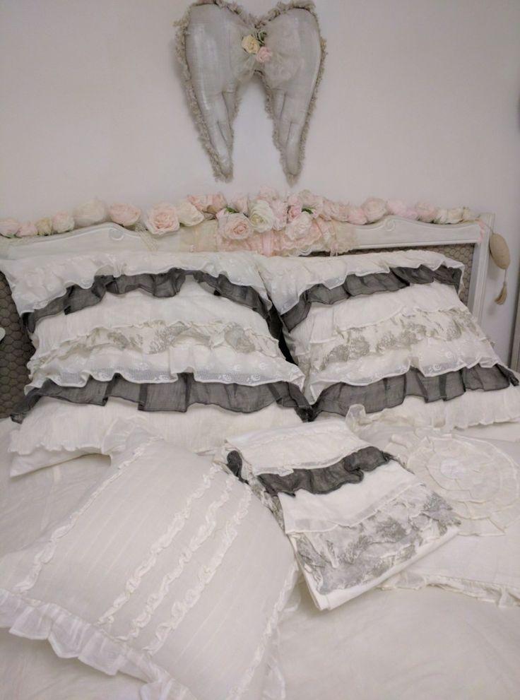 les 47 meilleures images propos de coussins shabby sur. Black Bedroom Furniture Sets. Home Design Ideas