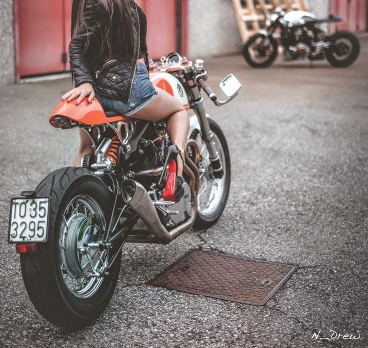 """The Orange Project"" & ""The Fireball"". Two Yamaha ‪#‎CafeRacer‬ by Plan B Motorcycles. Beautiful model Marta Pivanti 