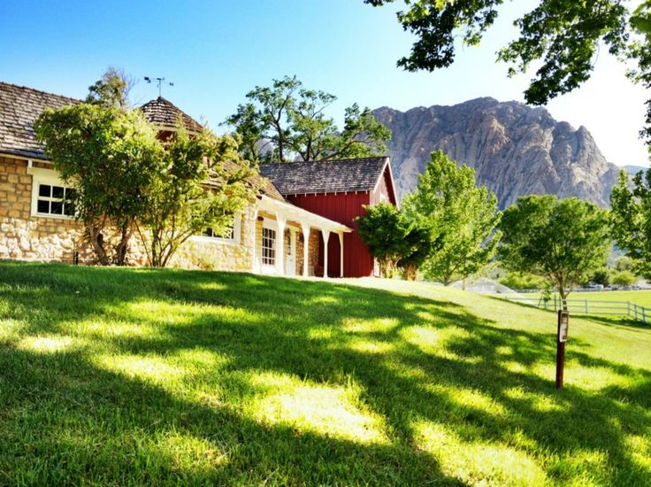 Interested In A Rustic Las Vegas Wedding Check Out Spring Mountain Ranch State